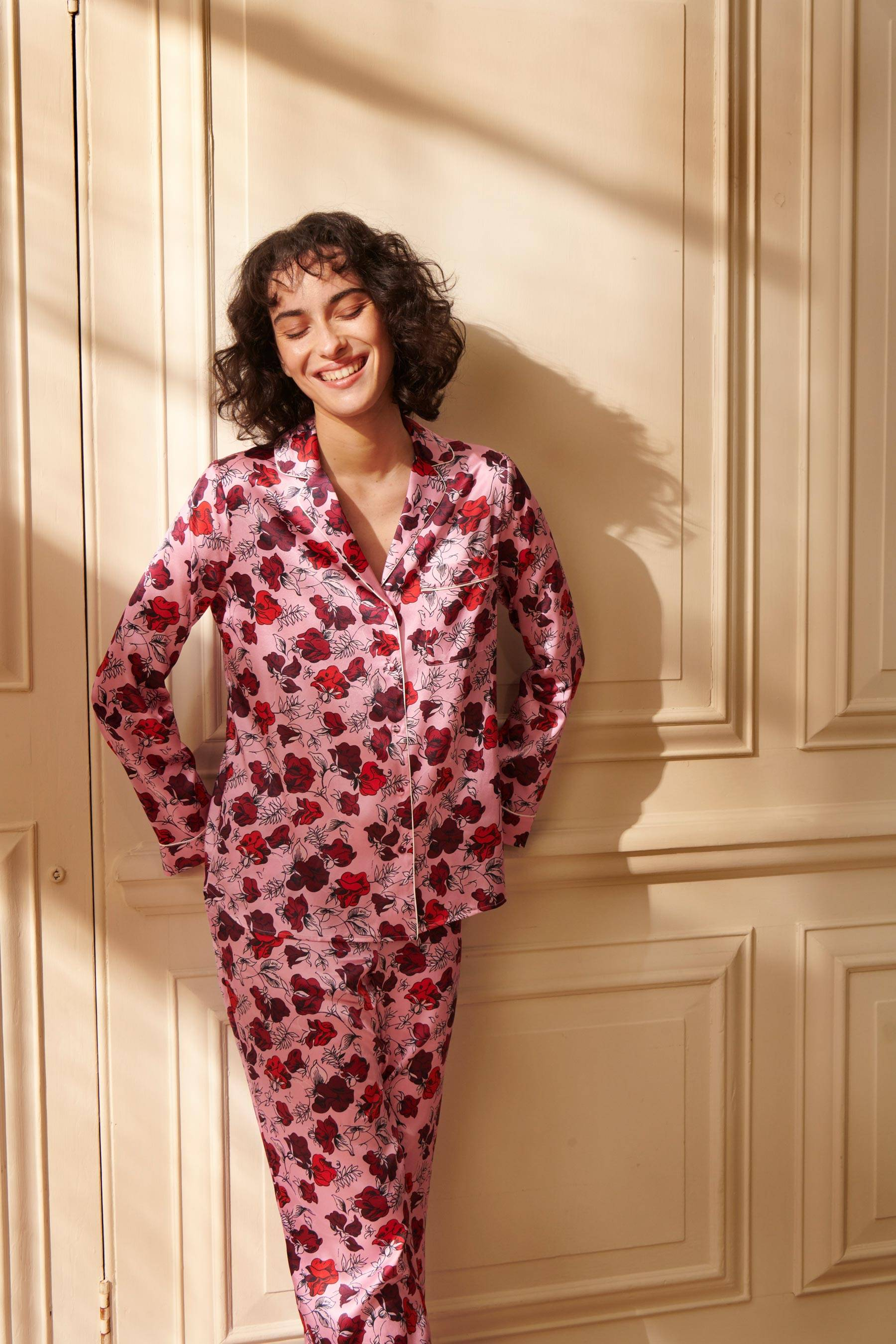 Dakota Meadow Women's Classic Silk Pyjama Set   Silk Pyjama Sets   YOLKE