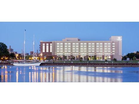 DoubleTree by Hilton Bay City--Riverfront - One Night Stay