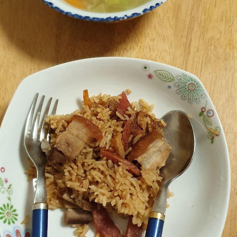 Roast pork and chinese sausage rice with prawn wonton soup