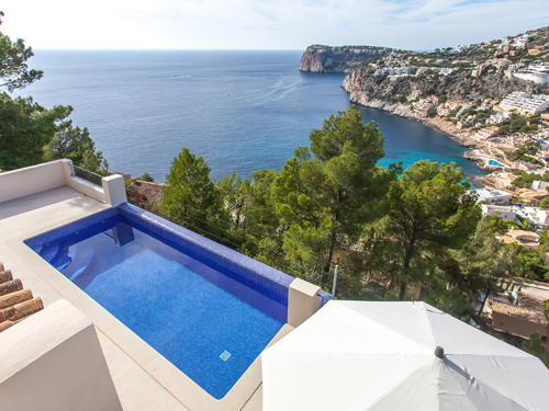 room-view-needs-observed-considering-hillside-home_ES_Mallorca_W-023PAT_11.jpg