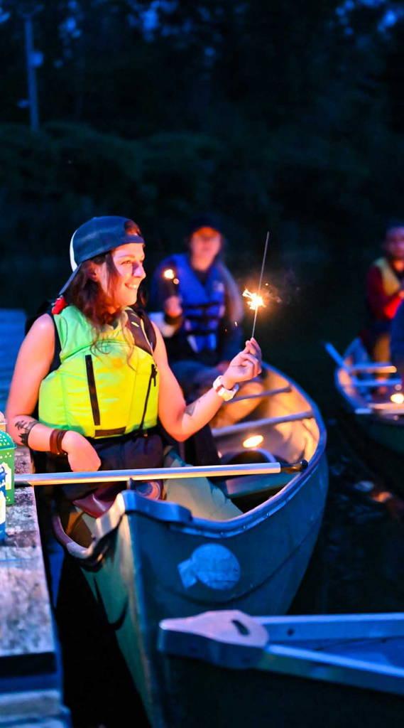 Maikana et Mount Trail pour le plein air, camping et longues randonnées. Ultraléger et fabriqué au quebec et canada. Pour la santé mentale au Quebec. Le Pacific crest trail en groupe. Lancement Yourt
