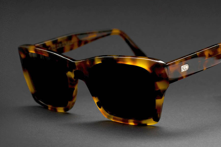 Outlet Sunglasses, Samples, Re-released, Amazing Prices.