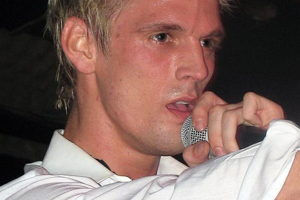 "Good Bi Love: Aaron Carter Isn't ""Confused"" About His Bisexuality"