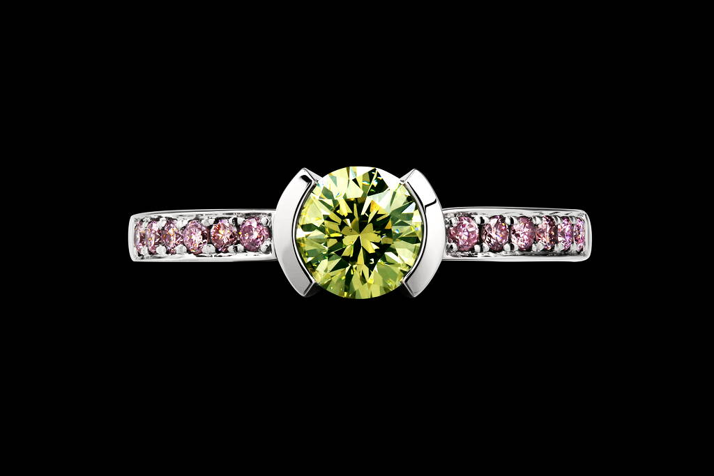 Stephano`s fiancée's engagement ring