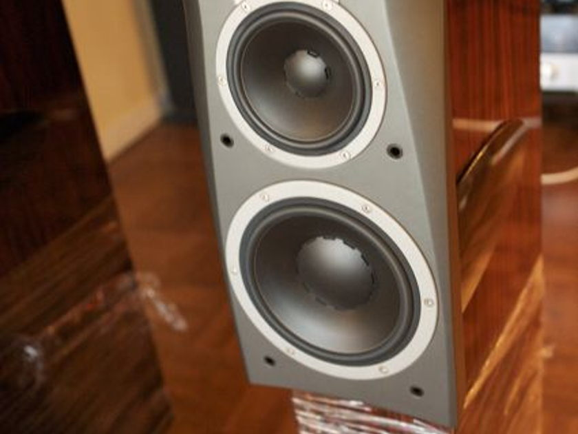 """Dynaudio Confidence C4 loudspeaker""""Hand-made"""" MINT,MINT,MINT in Crates, extremely low hours/ Rosewood Lacquer Finish Special order. USA/free delivery"""