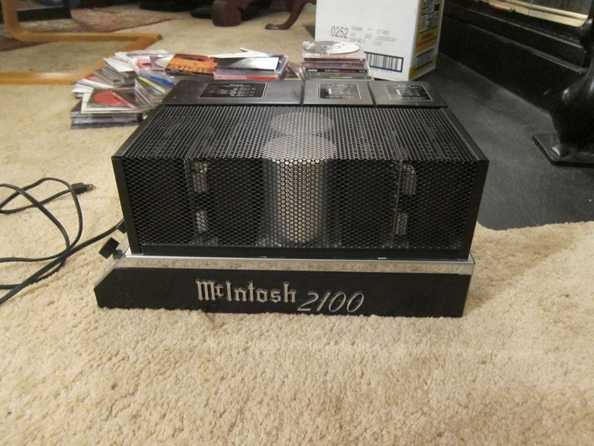 McIntosh MC-2100 105W x 2, 200W x 1 amplifier