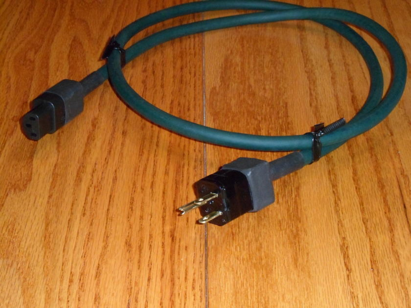 STRAIGHTWIRE GREEN LIGHTNING POWER CABLE