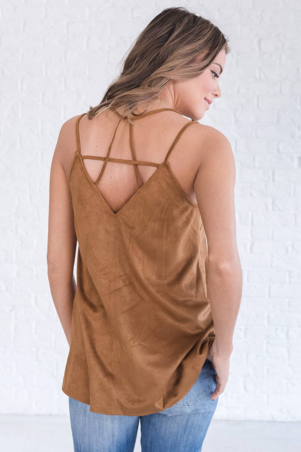 Summer Reading List 2018 brown suede tank top