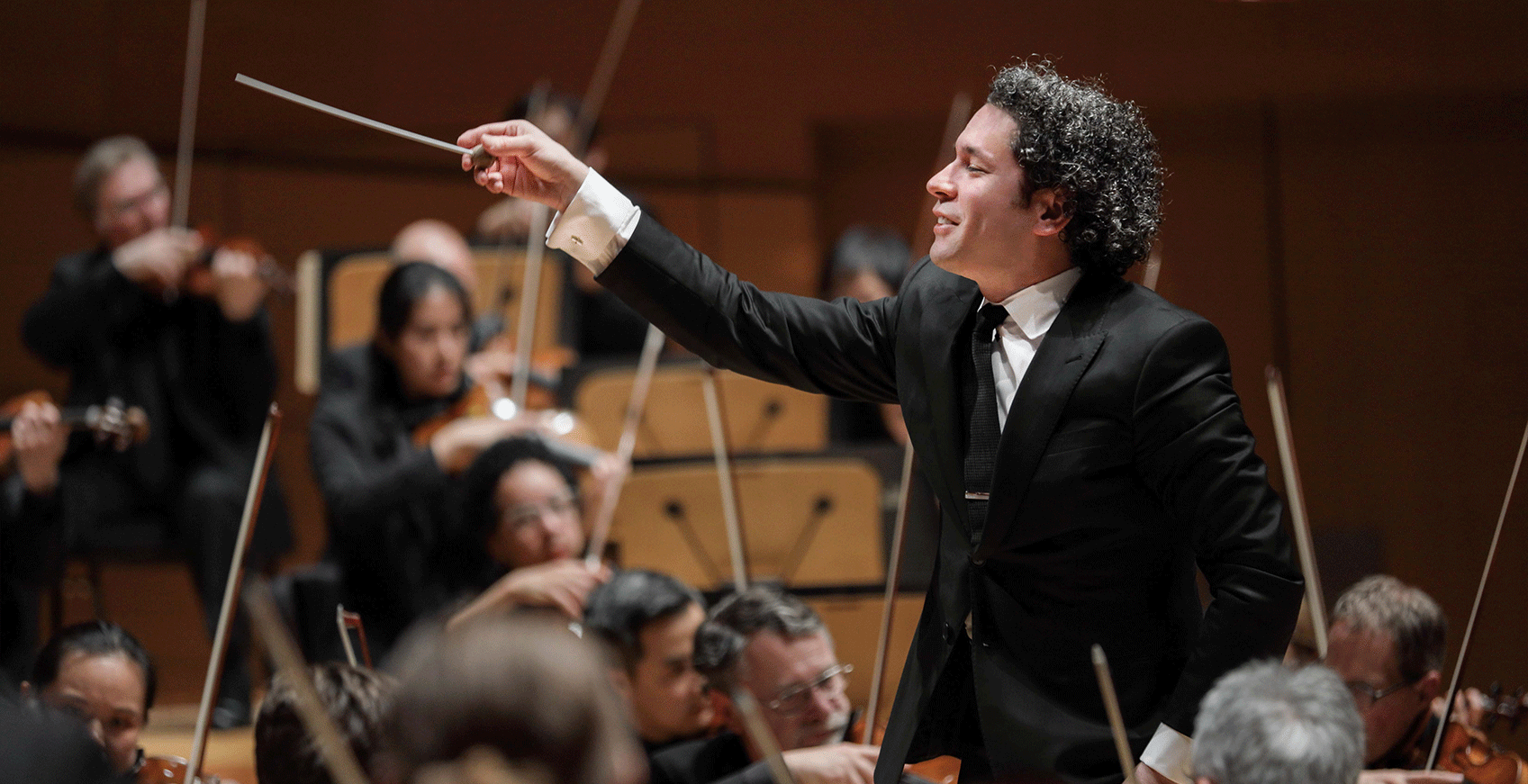 Gustavo Dudamel conducts the Los Angeles Philharmonic orchestra
