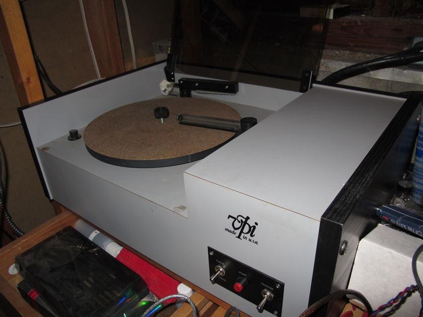 VPI 17F record cleaning machine