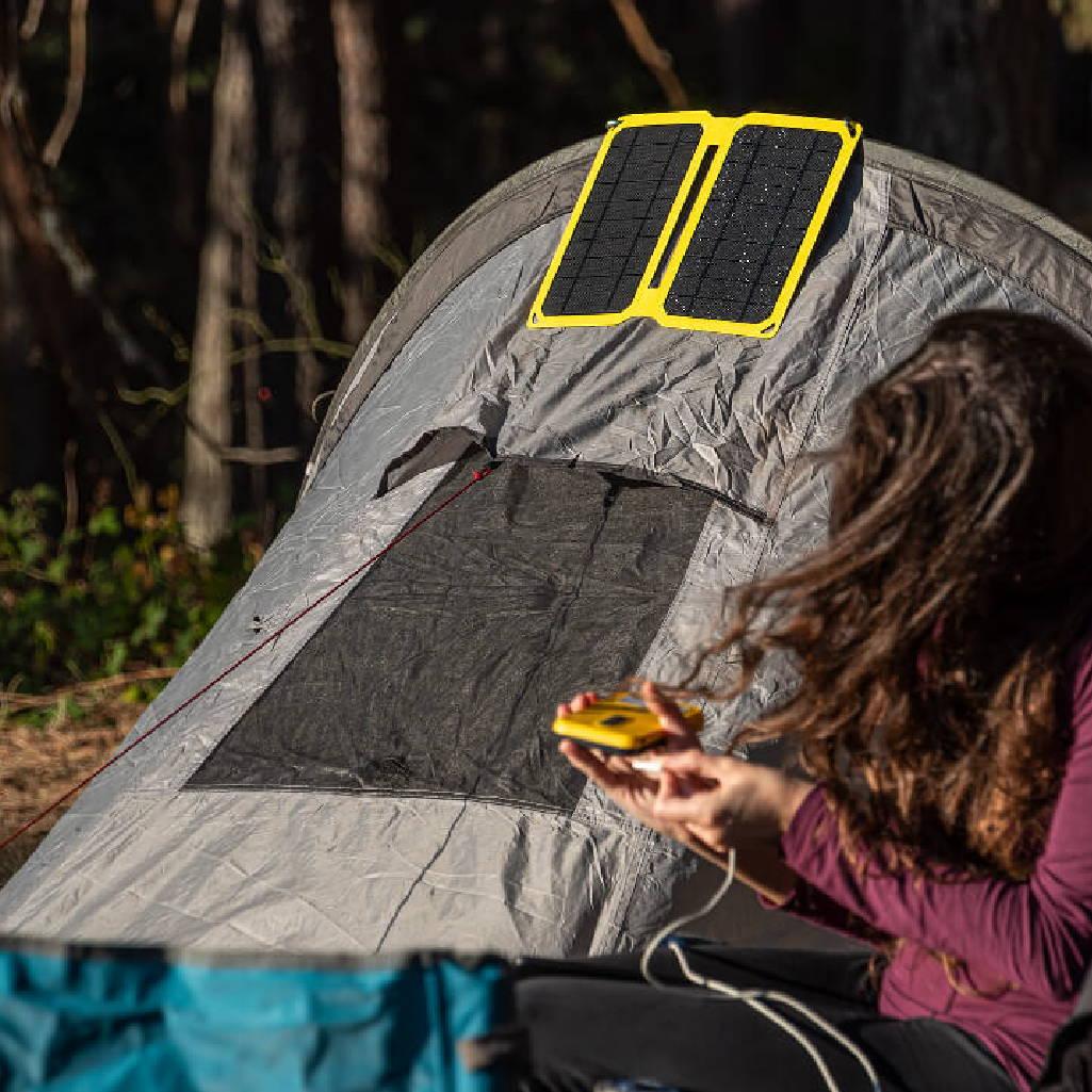 acampadas con carga movil solar