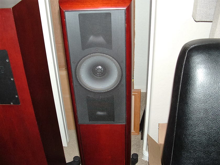 Thiel Audio SCS4T Great Sounding
