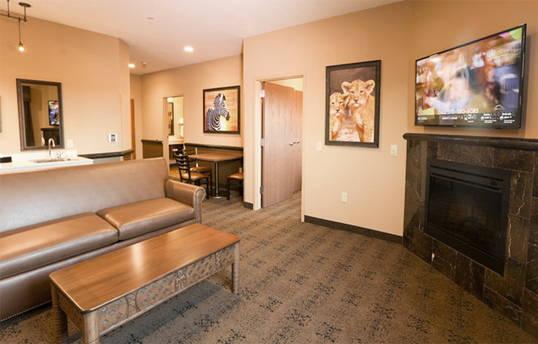 "Samsung HG32NJ470NFXZA 32"" Hotel hospitality TV 470 Series case study"
