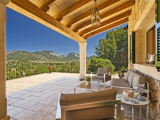 Beautiful rustic house for sale in the village of Alaró in Mallorca