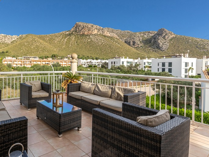 Fantastic flat with lots of outdoor space, Puerto Pollensa