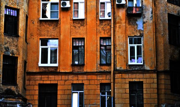 Обратная сторона Петербурга