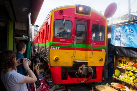 Railway Market & Amphawa Floating Market