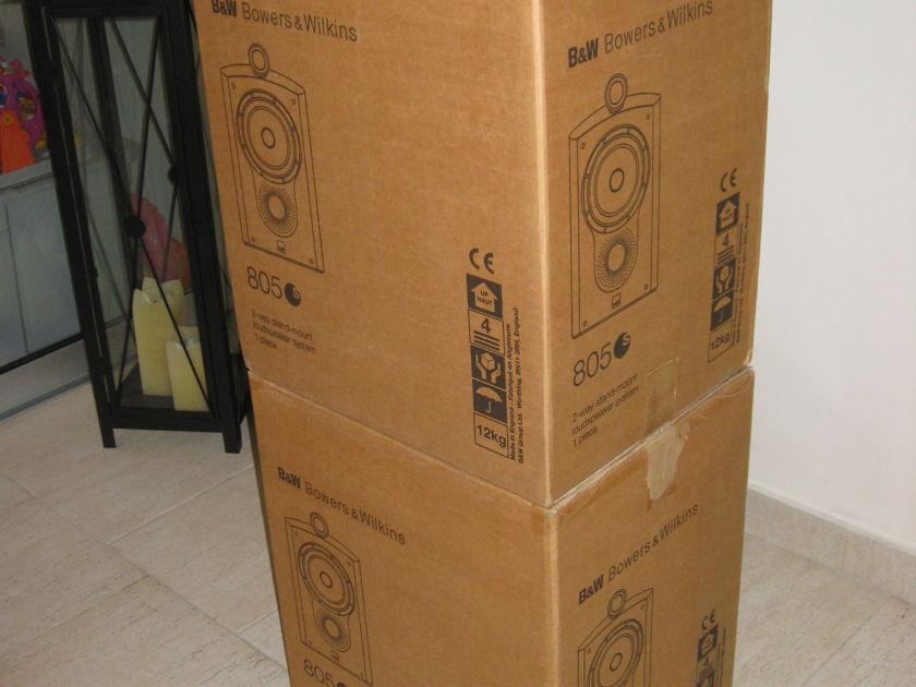B&W   805S Speakers in Rosenut Real Wood Veneer