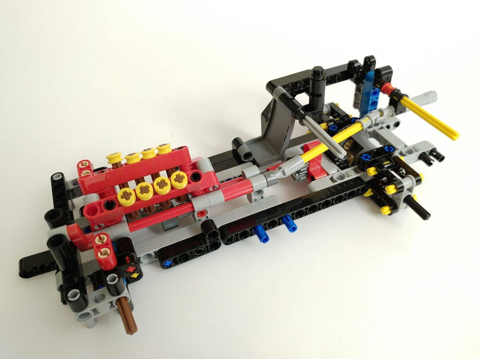 lego 42098 engine