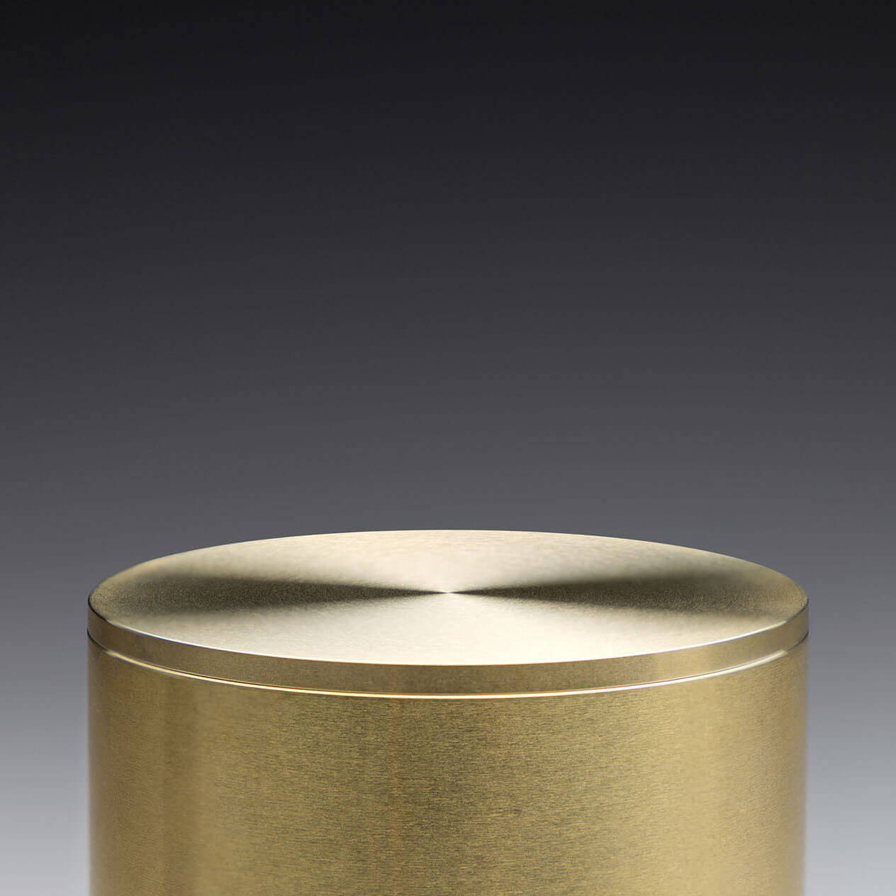Brass Pot 30 with Lid