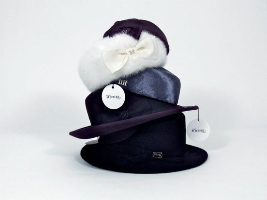 Chanel Maison Michel_img4