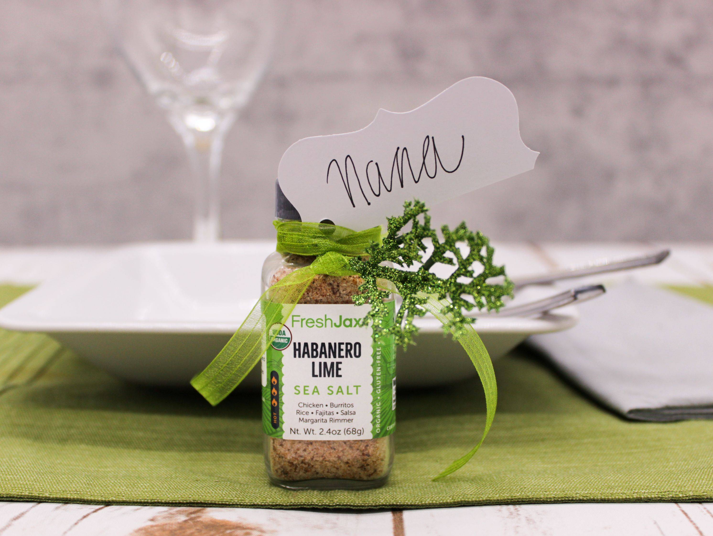 freshjax organic spices diy table place holder with seasoning bottle
