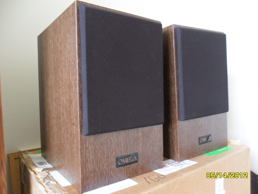 Omega Super 5 Speakers