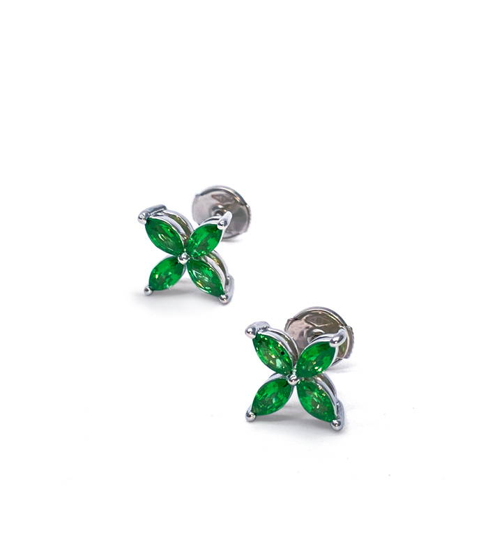 White gold four petals earrings with Tsavorite garnets in closed setting
