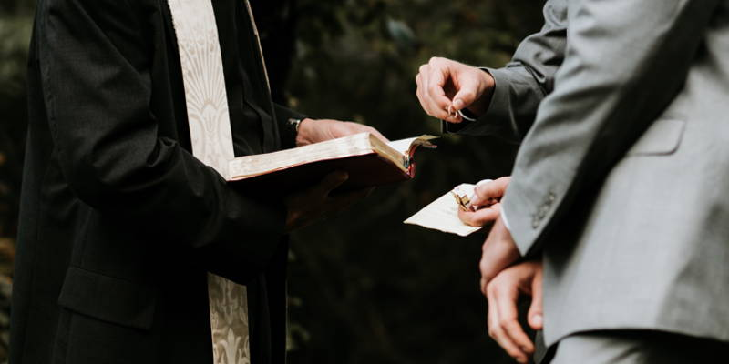 Who Should Your Celebrity Officiant Be?
