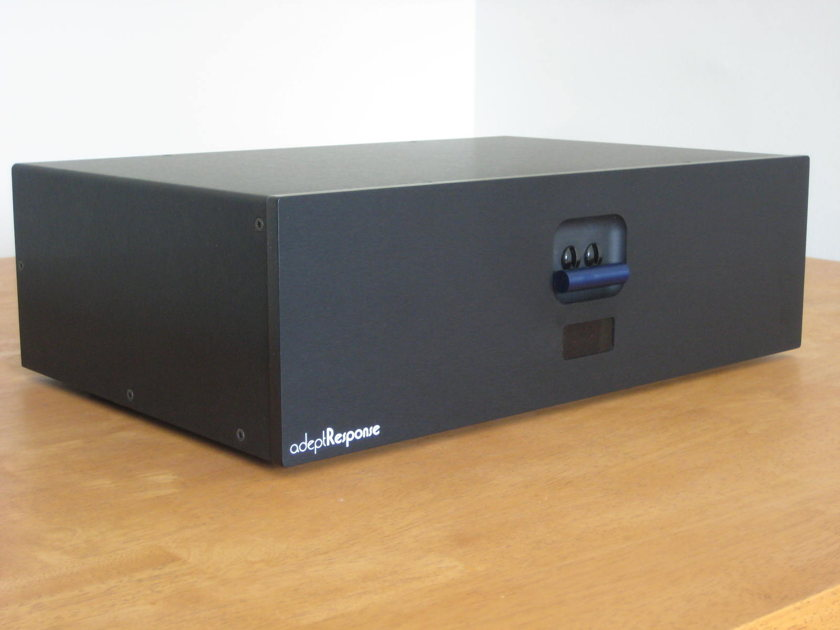 Audience aR12-T Conditioner Black Gene RubIn Audio Since 1979!