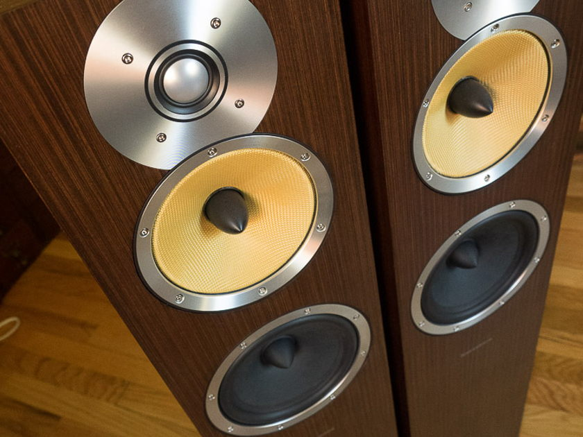 Bowers & Wilkins CM7 B&W floorstanding speakers
