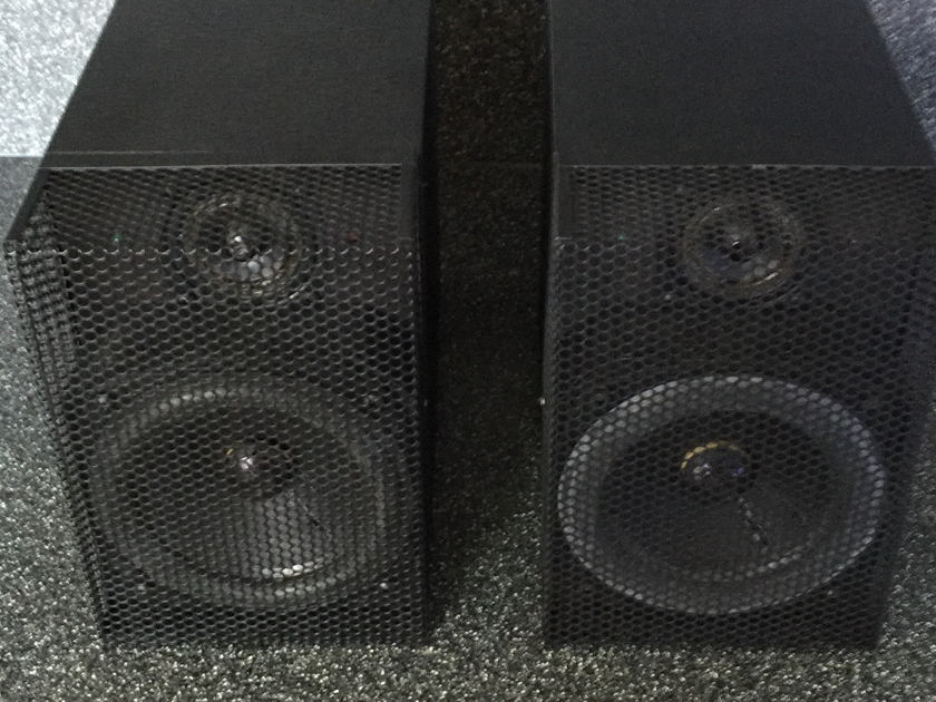 Vintage Pyramid Metronome Model 7 Dick Sequerra  Speakers -- Mint