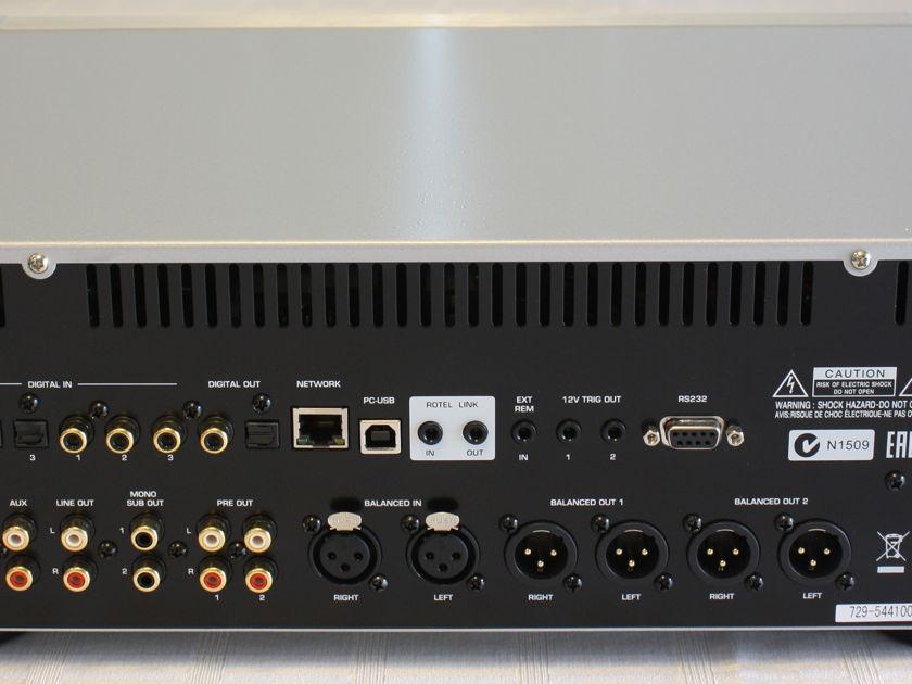 Rotel RC-1590 Pre Amp / DAC. Silver. MINT Condition.