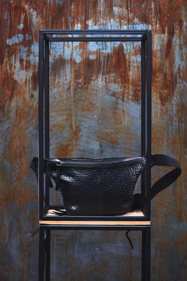 Поясная сумка AISHI из телячьей кожи растительного дубления.