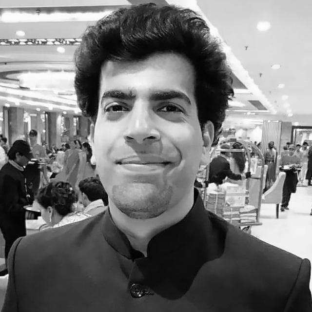 Mayank Dhawan, Freelance UI designer