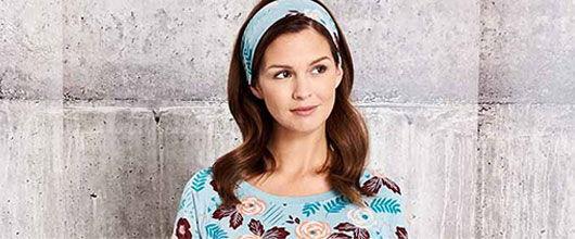 Model in ThisisJ Tessa Flower pajamas