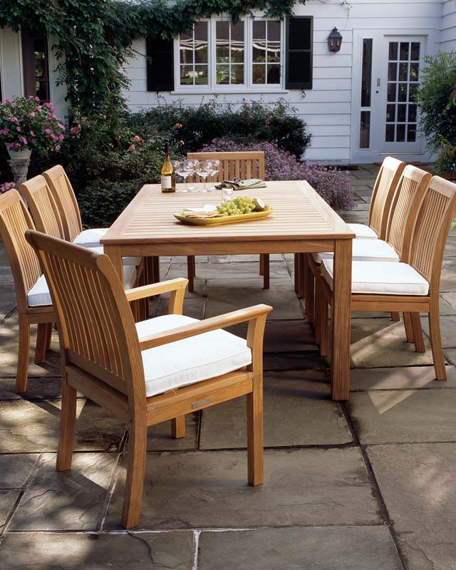 KINGSLEY BATE CHELSEA 9-PIECE DINING SET