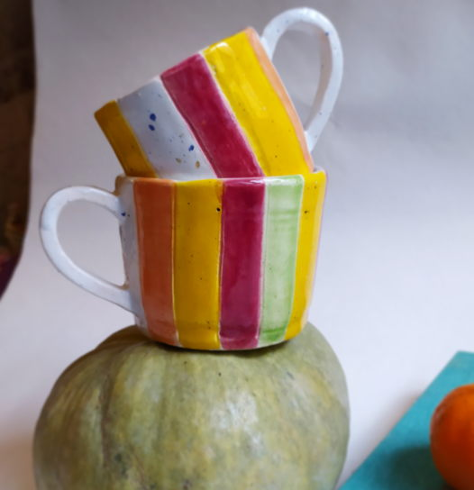 Чашечки в полосочку, горошек или все вместе