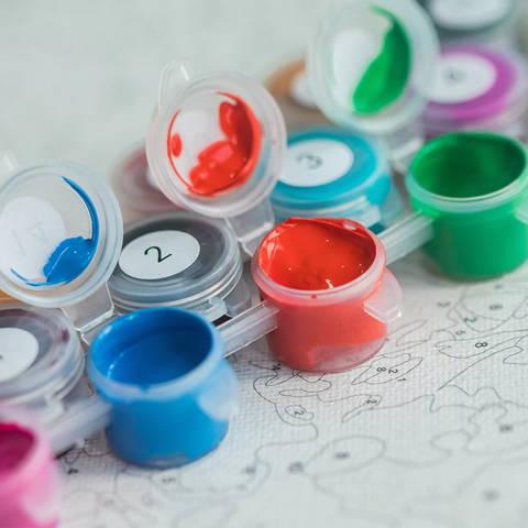 Pots de peinture par numeros