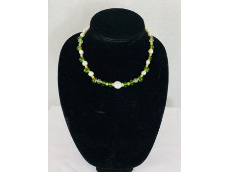 Peridot & Pearls