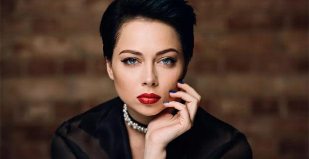 Настасья Самбурская в «Живой струне» на «Радио Шансон» - Новости радио OnAir.ru