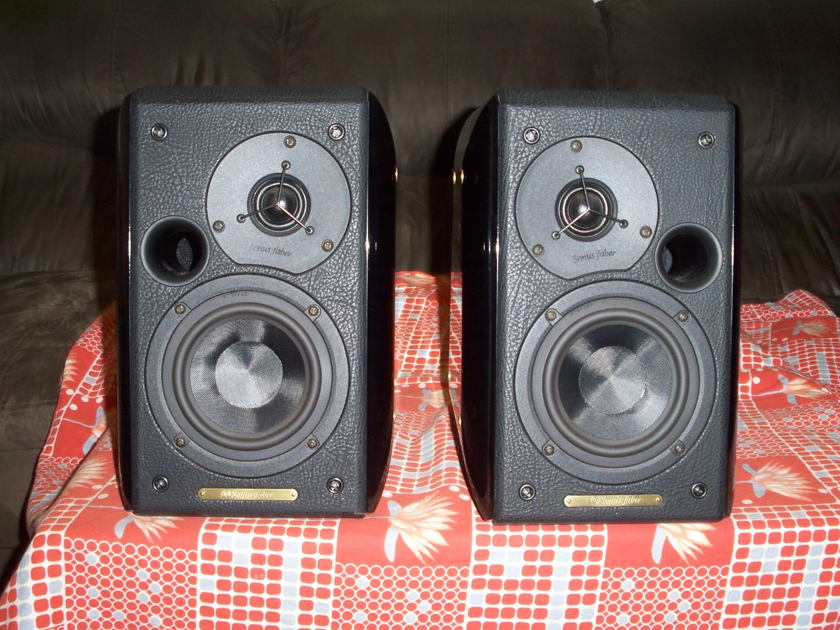 Sonus Faber Concertino Bookshelf Speakers - Pair