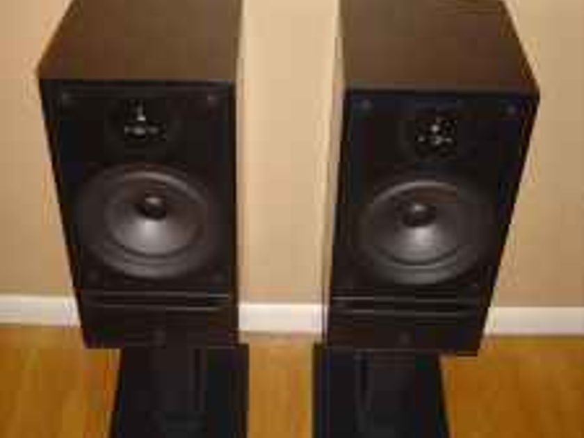 LINN HELIX LS-150 W/Dedicated Stands / For Sale or Trade