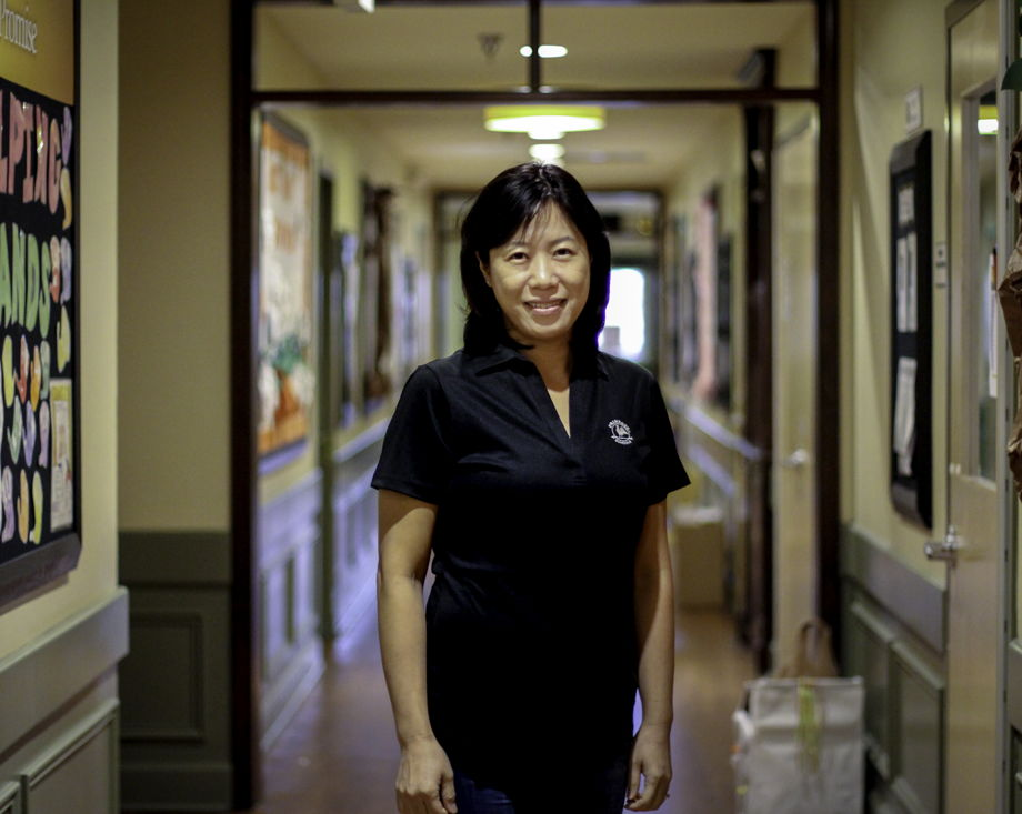Wan Lee , Teacher