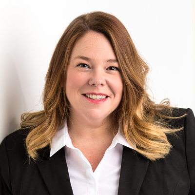 Julie St-Denis Courtier immobilier RE/MAX Platine
