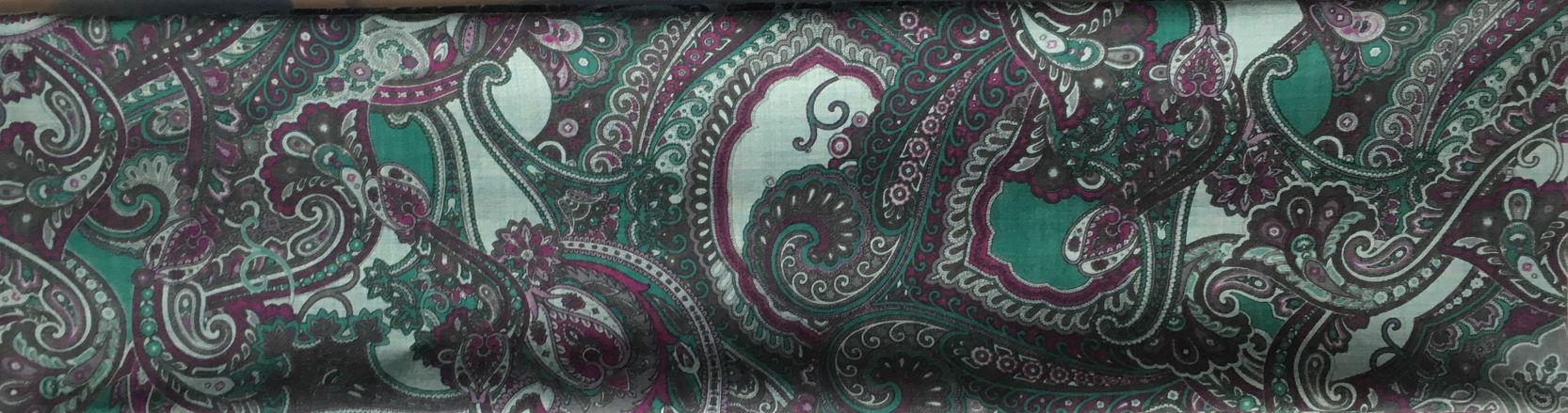 Снуд-шарф из шерстяной ткани