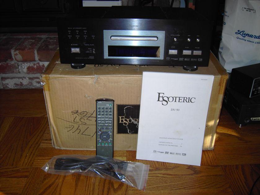 Esoteric  DV-50 Universal Audio/Video Player