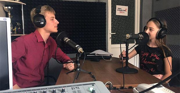 Юные журналисты Невинномысска пробовались на роль ведущих эфира городской радиостанции - Новости радио OnAir.ru