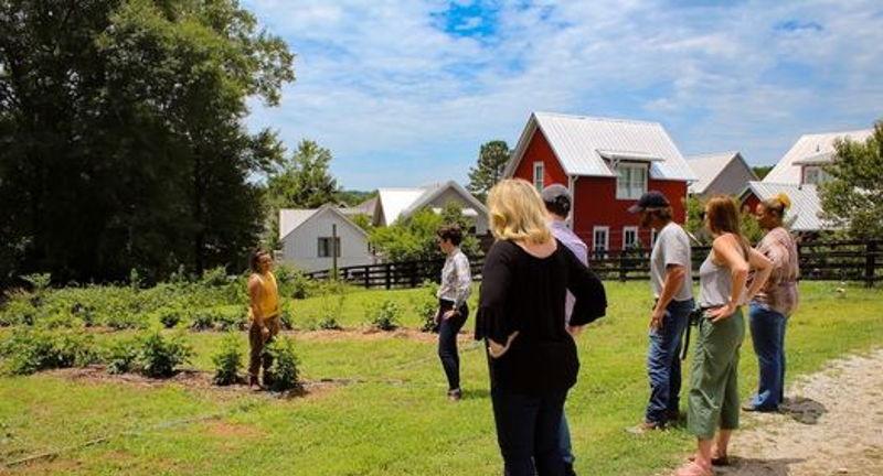 Tour Serenbe Farms