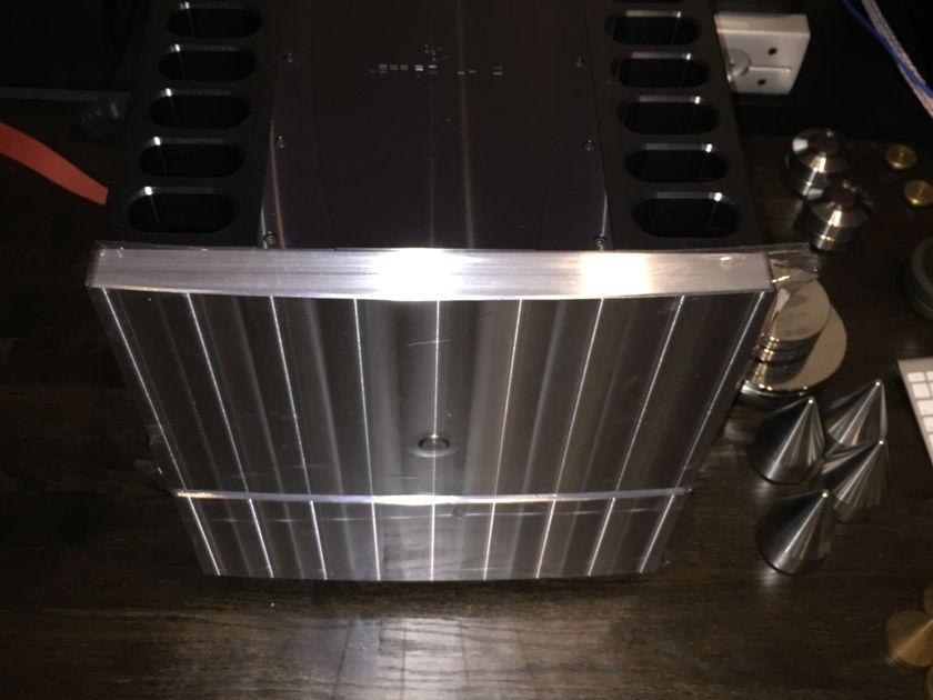 Jeff rowland M925 Mono amplifiers Mint